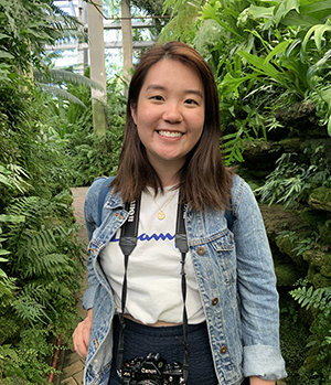 Wherever she goes, she's always got her camera by her side and is on the search for the best desserts. With an obsession for the colour green in her photos, she has dreams of visiting all the National Parks in America.