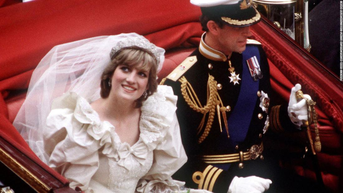 180502133124-princess-diana-prince-charles-wedding-dress-super-tease.jpg