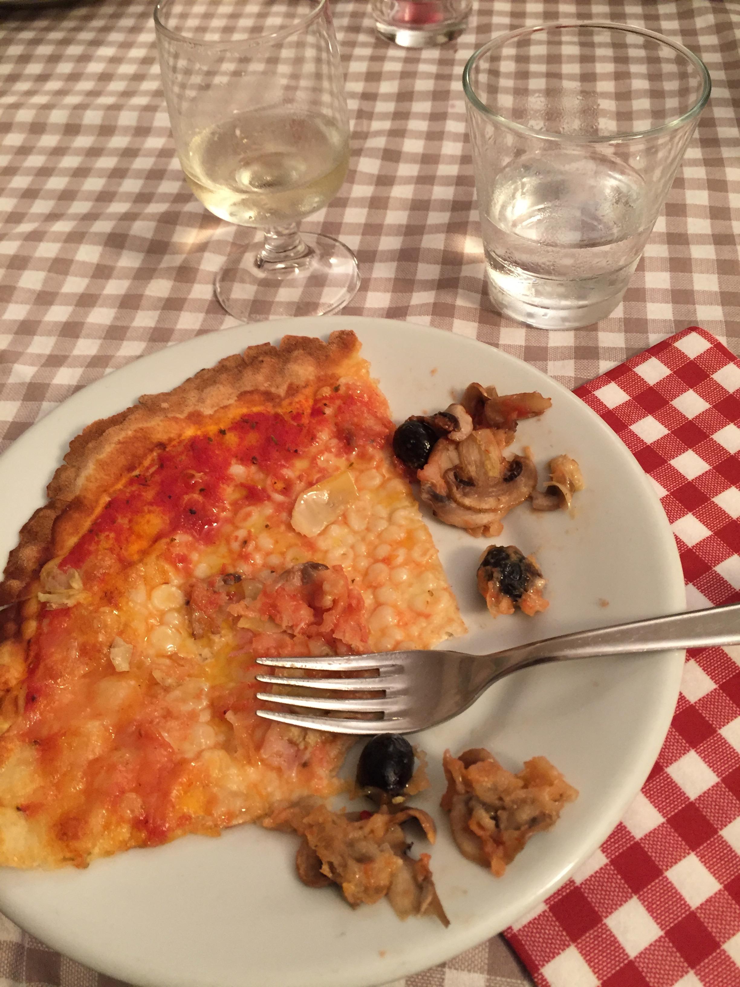 welcome pizza at Croce del Travaglio