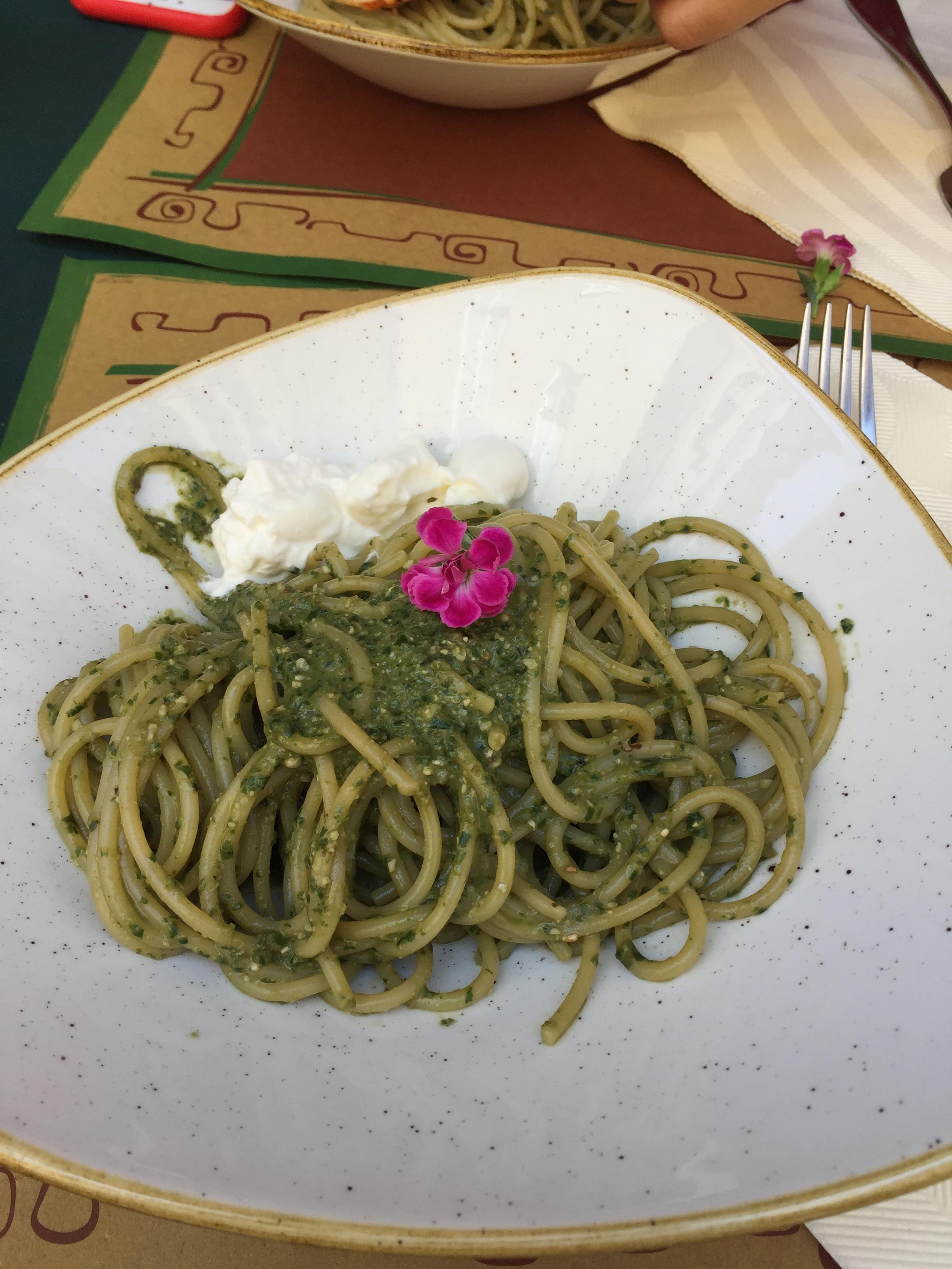spaghetti with pesto and stracciatella cheese at Tuscher Cafe