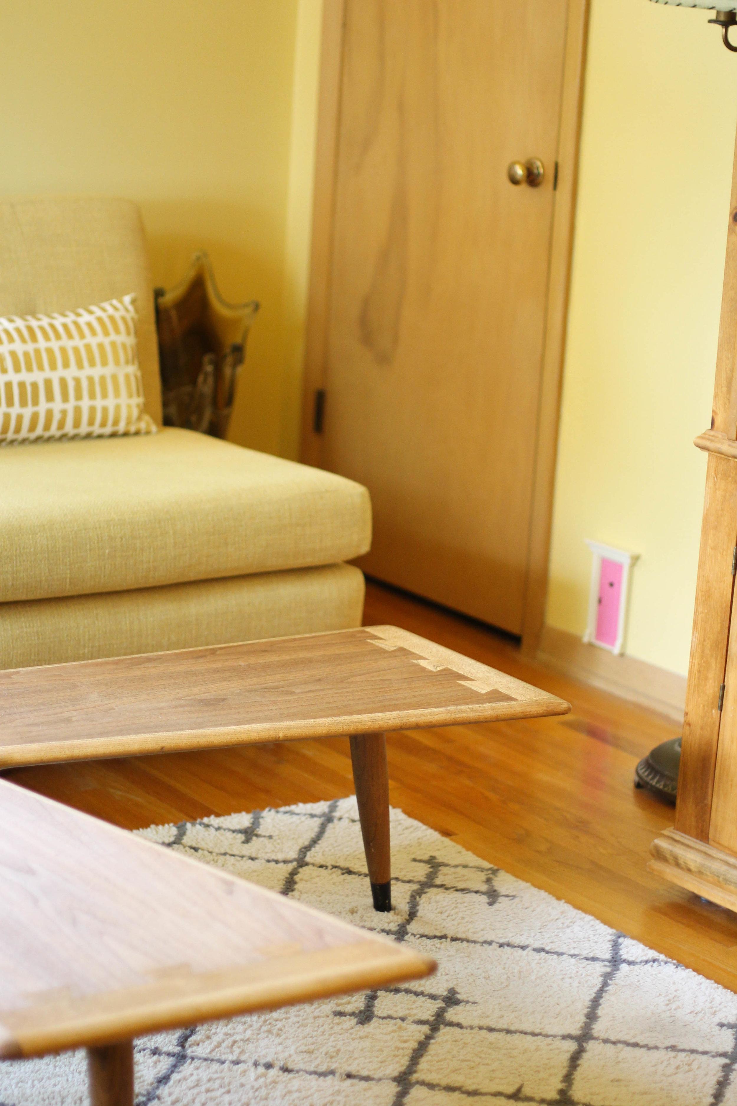 Boomerang table & a pink fairy door.