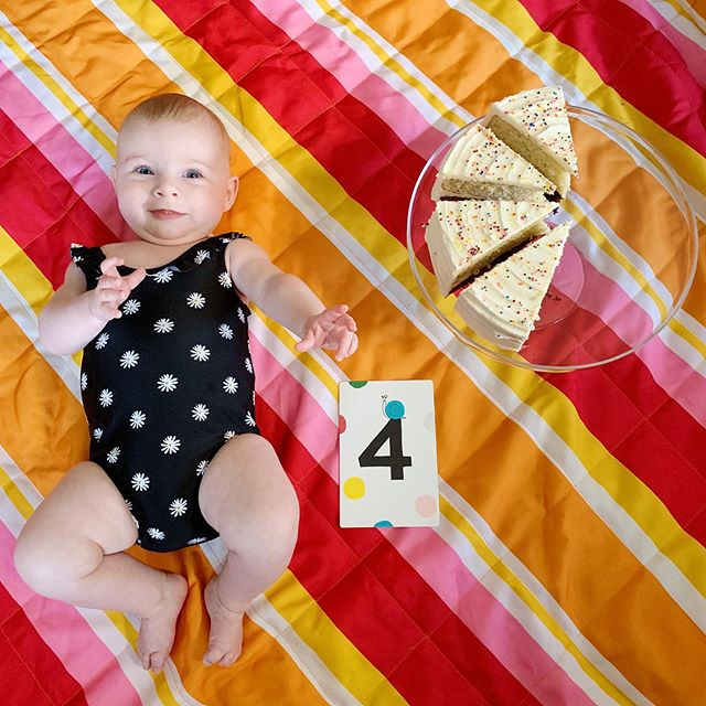 Charlotte Walsh is FOUR MONTHS OLD (and ready for summer!)!! ❤️🍰🌸