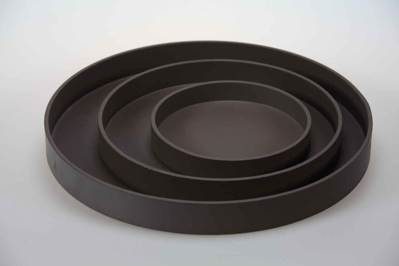 RO TR-3- SET OF 3 ROUND TRAYS IN MATT LACQUER, TAUPE.jpeg