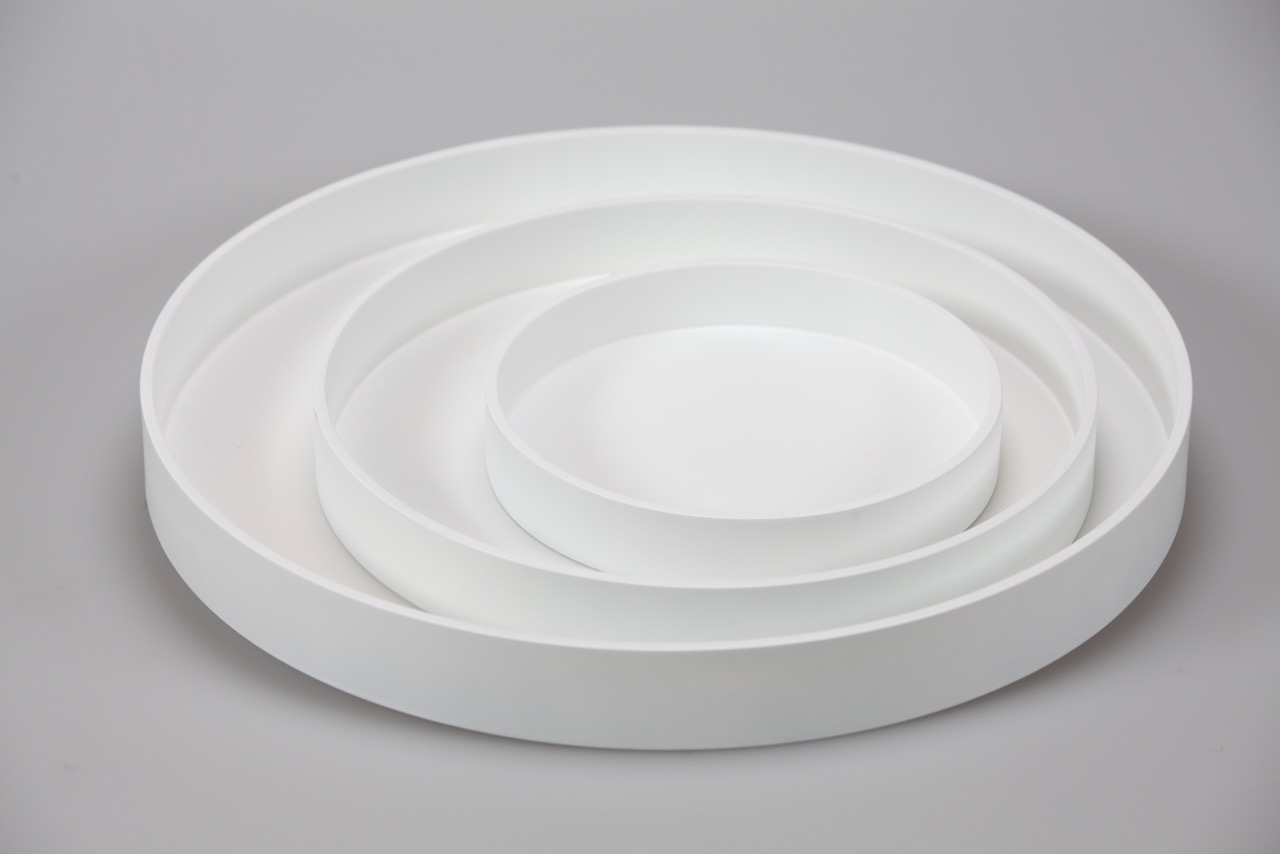 RO TR-3- SET OF 3 ROUND TRAYS IN MATT LACQUER, WHITE.jpeg