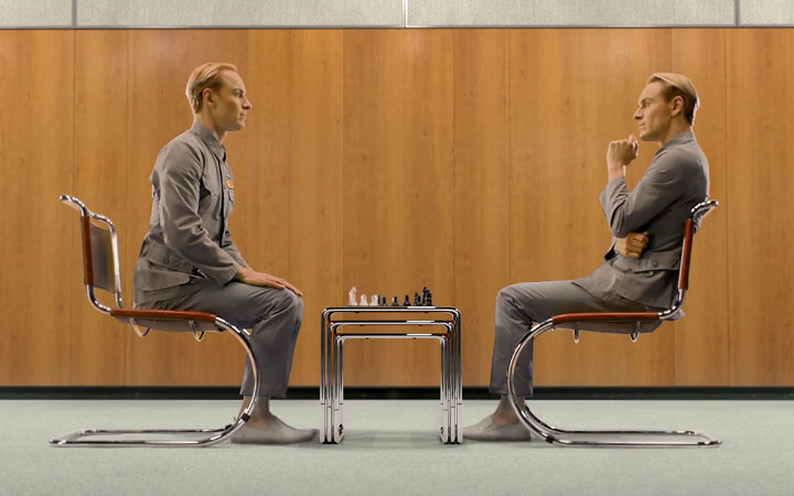 David and Walter: who will win?(Image: 20th Century Fox)