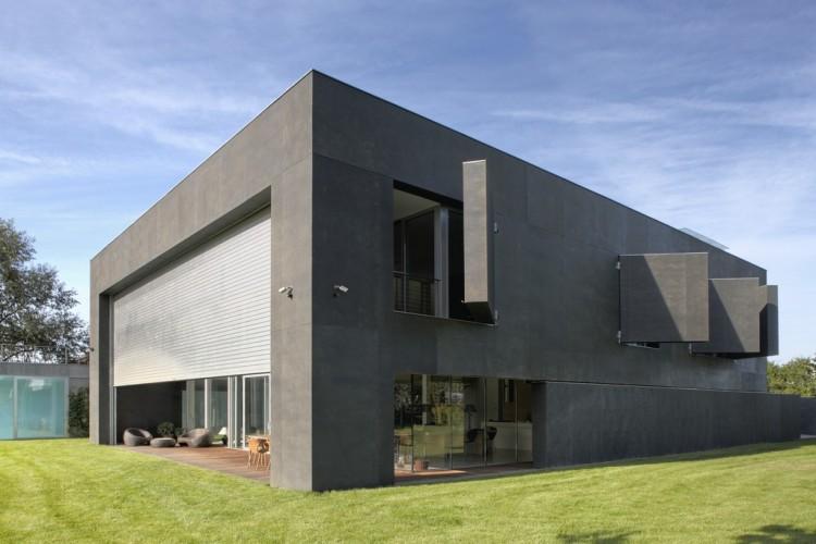 babel-moon_Fortress-House-06.jpg