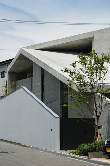 babel-moon_House-in-Hyogo-Shogo-Aratani-02.jpg