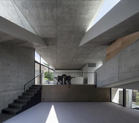 babel-moon_House-in-Hyogo-Shogo-Aratani-07.jpg