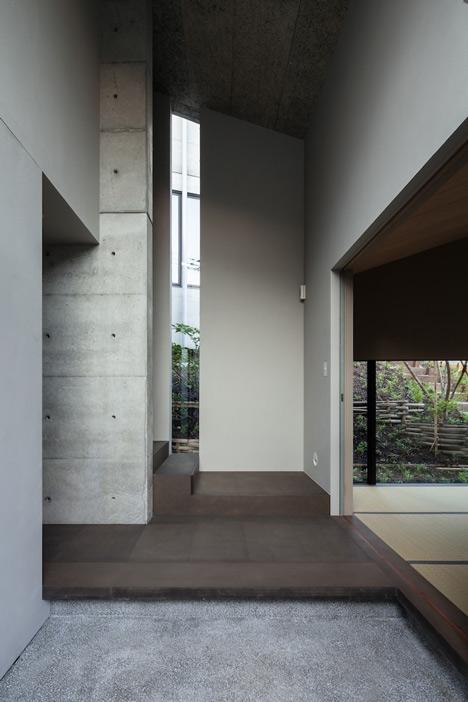 babel-moon_House-in-Hyogo-Shogo-Aratani-12.jpg
