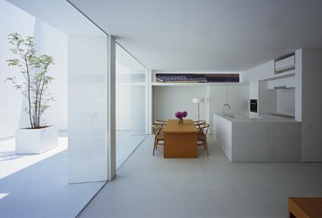 babel-moon-White-Cave-House-Takuro-Yamamoto-Architects-8.jpg