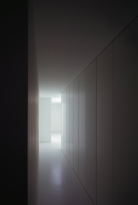 babel-moon-White-Cave-House-Takuro-Yamamoto-Architects-15.jpg
