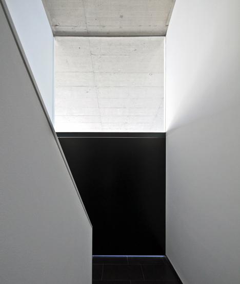babel-moon-Casa-Montfulla-Hidalgo-Hartmann-Arquitectura-8.jpg