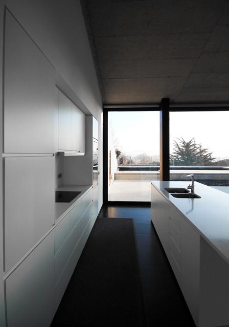 babel-moon-Casa-Montfulla-Hidalgo-Hartmann-Arquitectura-9.jpg