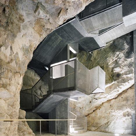 babel-moon-Fortress-of-Franzensfeste-Markus-Scherer-Walter-Dietl-1.jpg