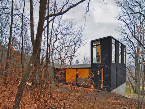 babel-moon-Stacked-Cabin-Johnsen-Schmaling-Architects-3.jpg