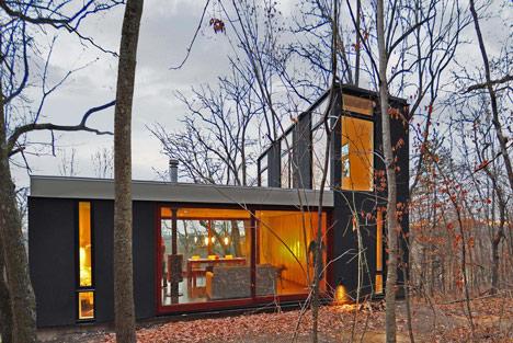 babel-moon-Stacked-Cabin-Johnsen-Schmaling-Architects-9.jpg