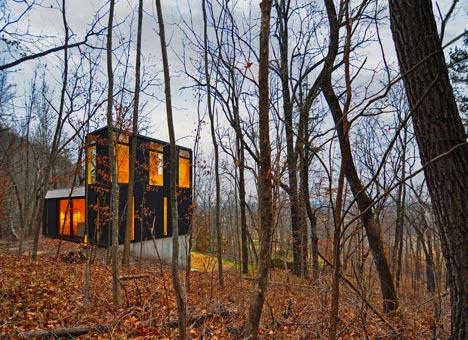 babel-moon-Stacked-Cabin-Johnsen-Schmaling-Architects-10.jpg