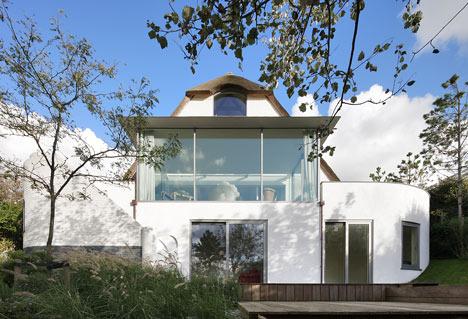 babel-moon-House-N-Maxwan-13.jpg