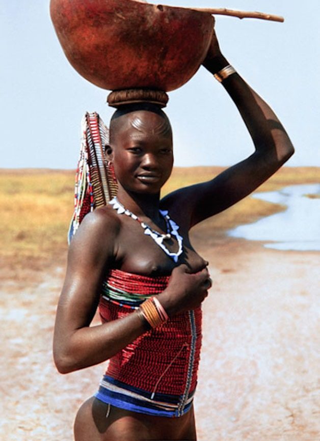 Stunning images of a tribe from Sudan7.jpg