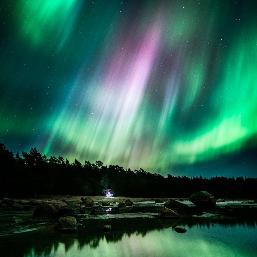 Stunning-night-landscapes-photographed-by-Mikko-Lagerstedt2.jpg