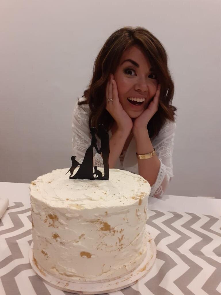 Maravillada por la bella torta que hizo mi amiga Ame, de @dulcepizcapasteleria!