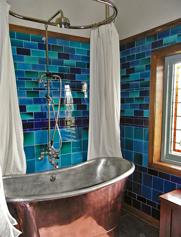 Teal Tiled Bath
