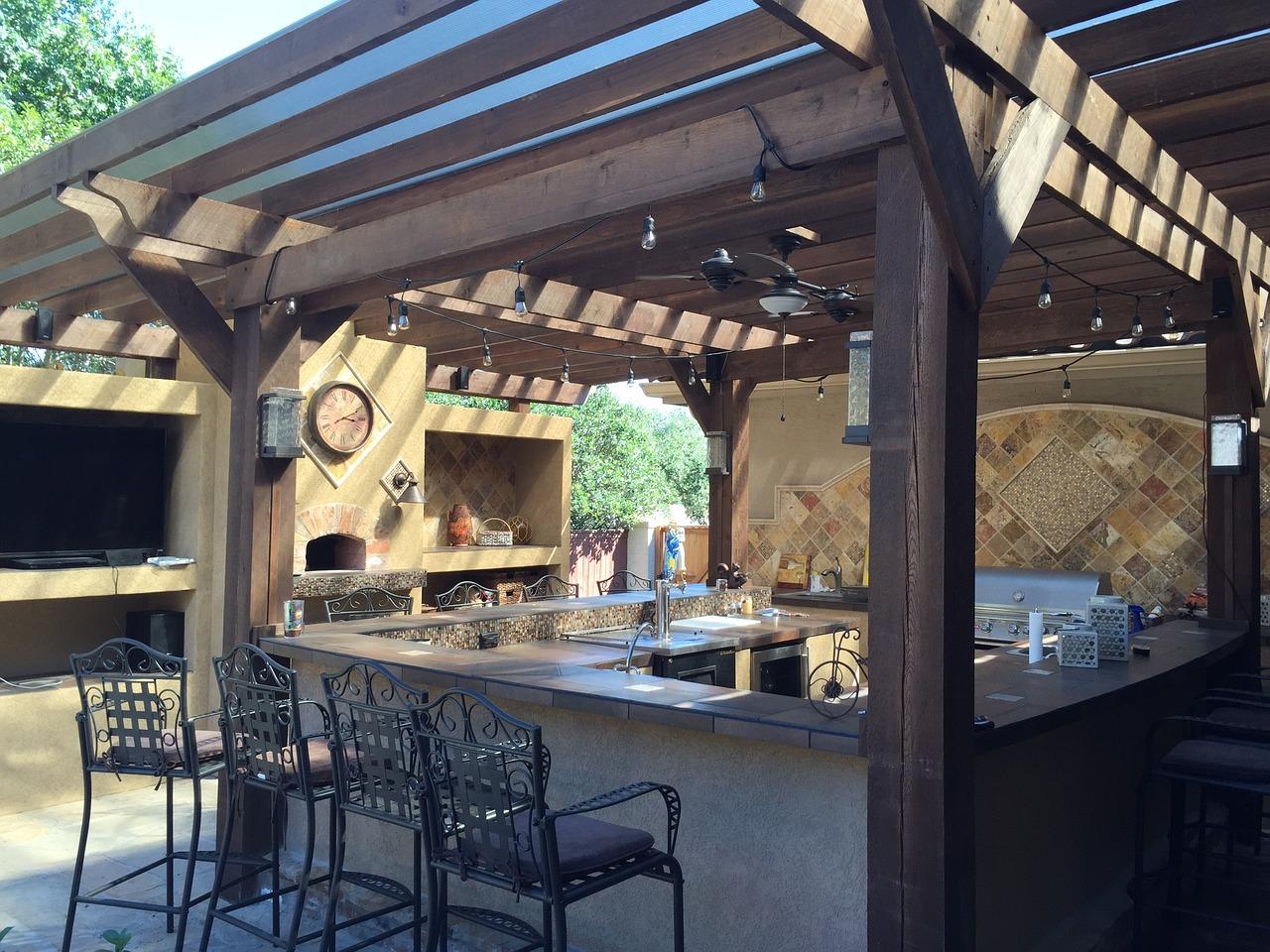 patio-cover-1748371_1280.jpg