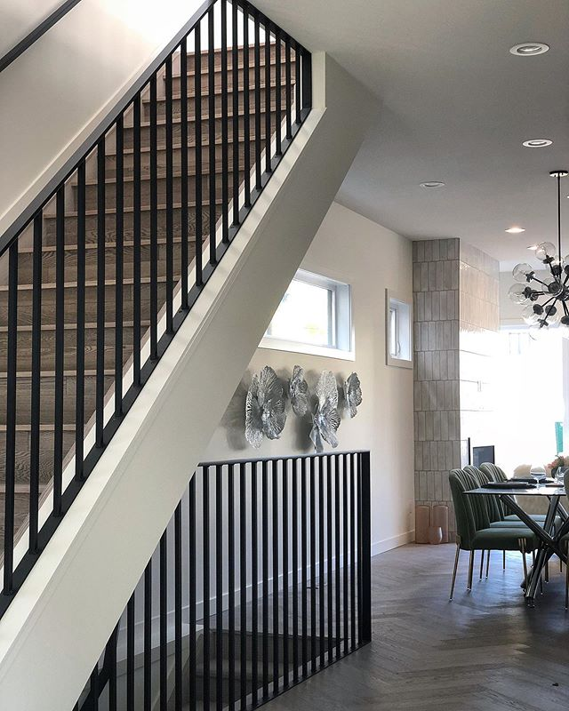 Black metal handrails completed for this stunning @accent_infills  #yeg #yegdt  #yegmetalwork #railing #yegwelding #alberta #edmonton #yeginteriordesign #yegdesign #design #interiordesign #interiors  #yeghomes #yyc #customfurniture #yegreno #yeghomes #yegwelding #welding #yegweld #yegcustom #black