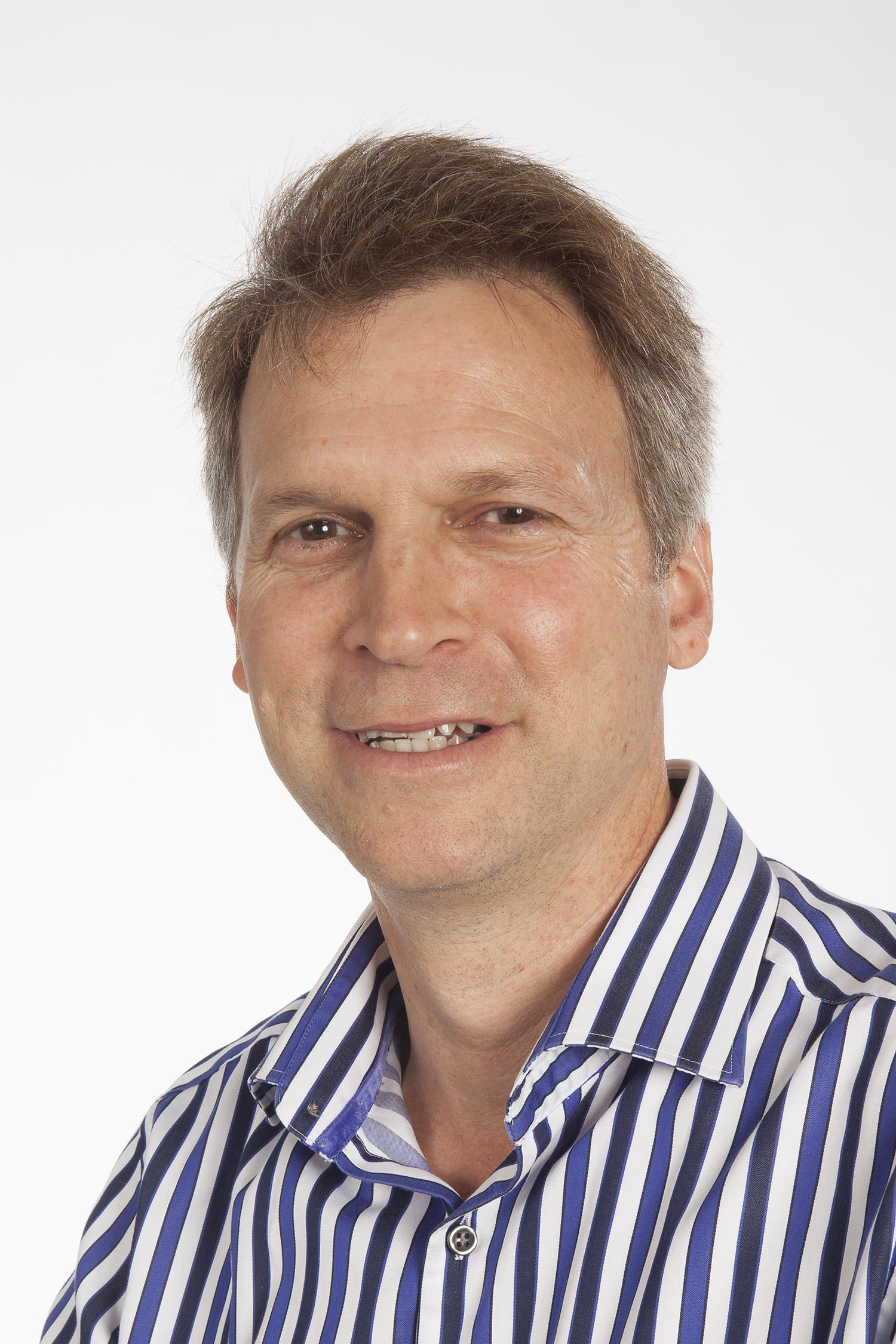 Mr Martin Hunn<a href=/martin-hunn>→</a><strong>Director of Neurosurgery, The Alfred</strong>