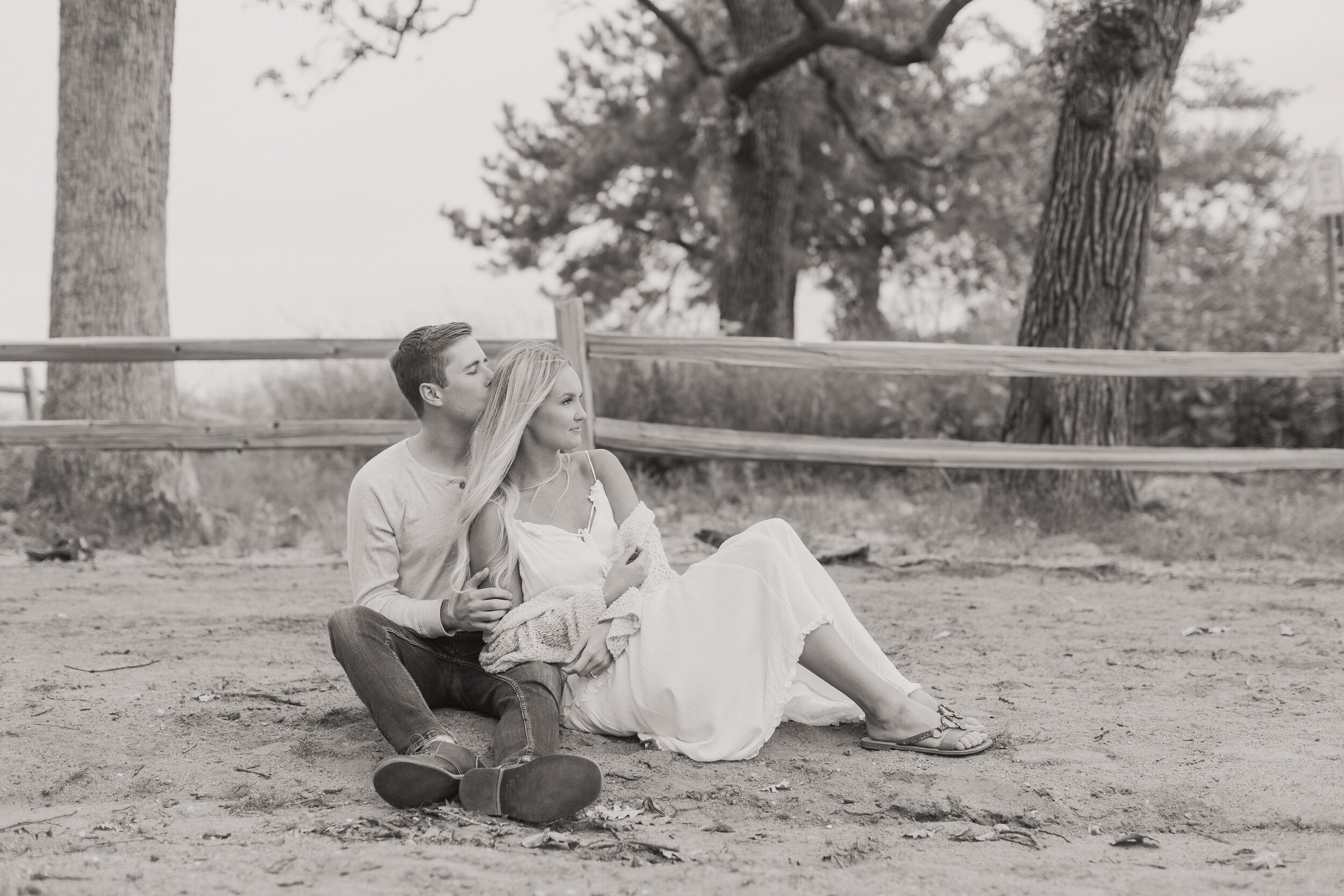 DecoraToppPhotography_ErinRyanEngagement-9625.jpg