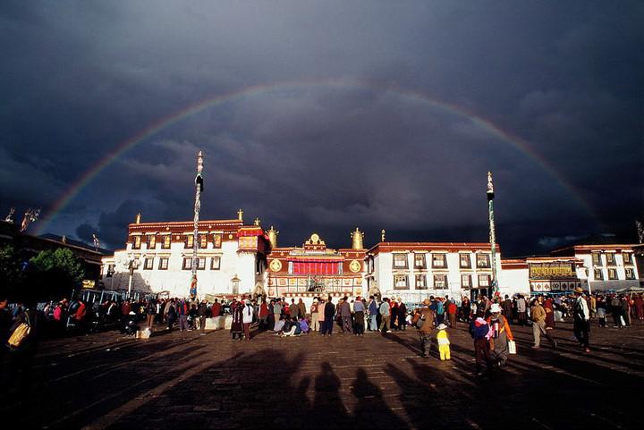 西藏佛教.jpg