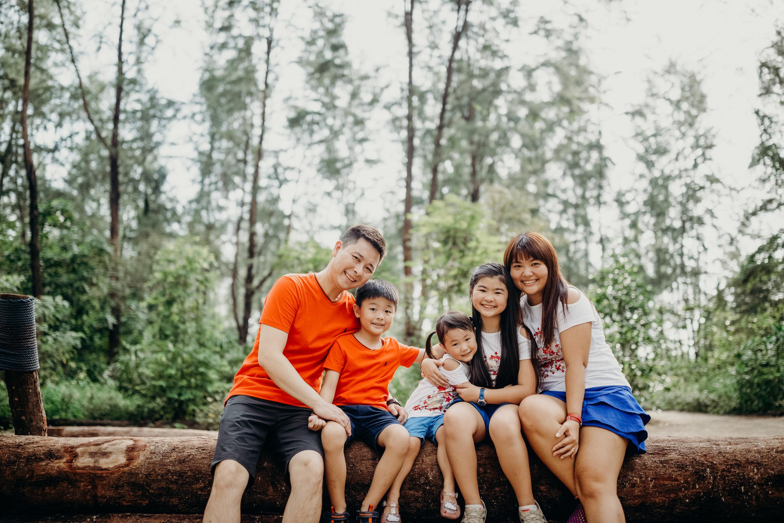 Loh Family (5).jpg