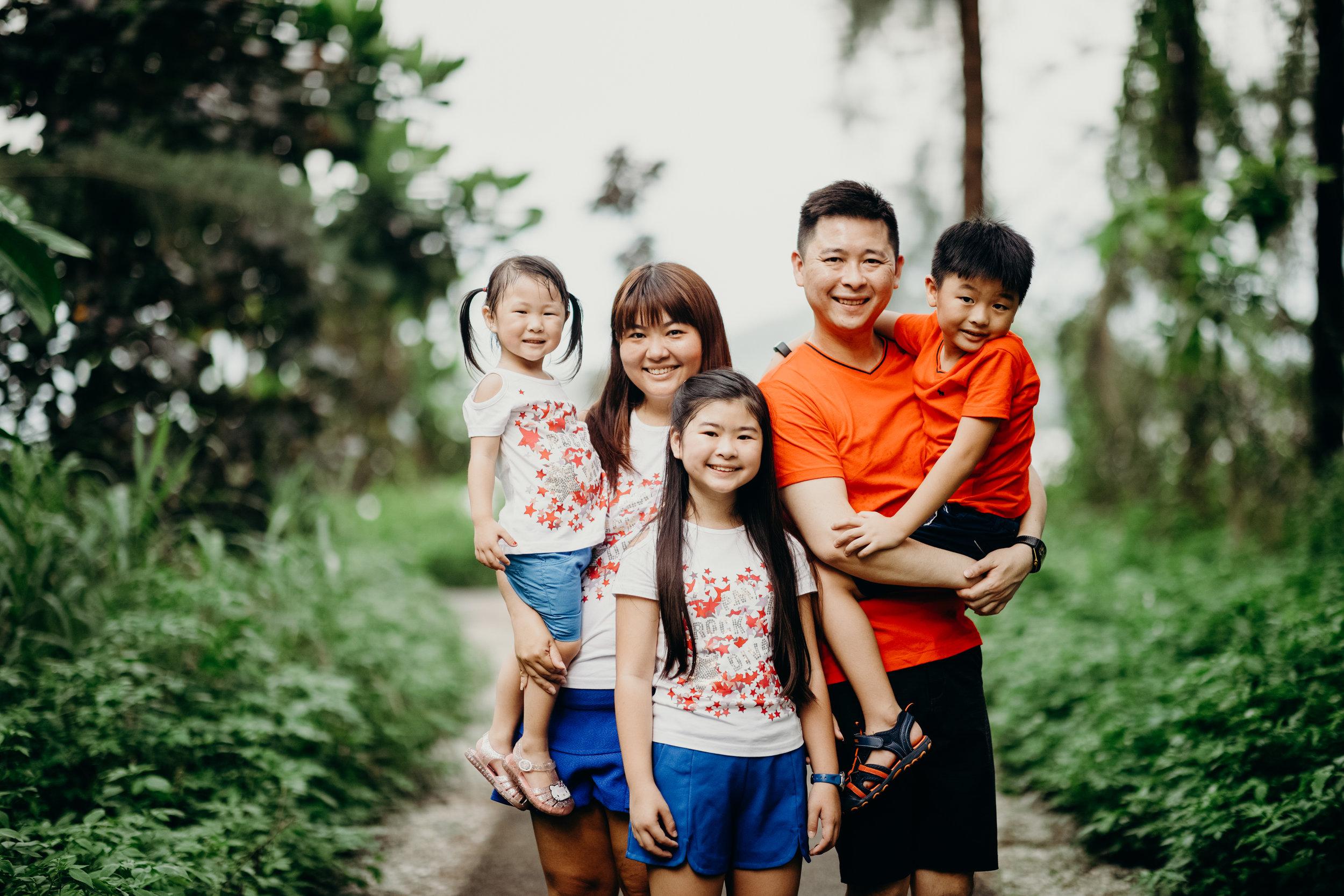 Loh Family (18).jpg
