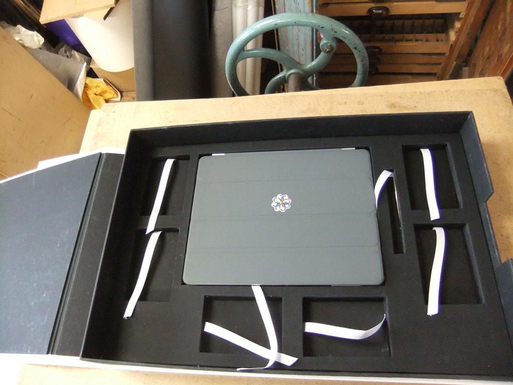 Portfolio -leather box portfolio.jpg