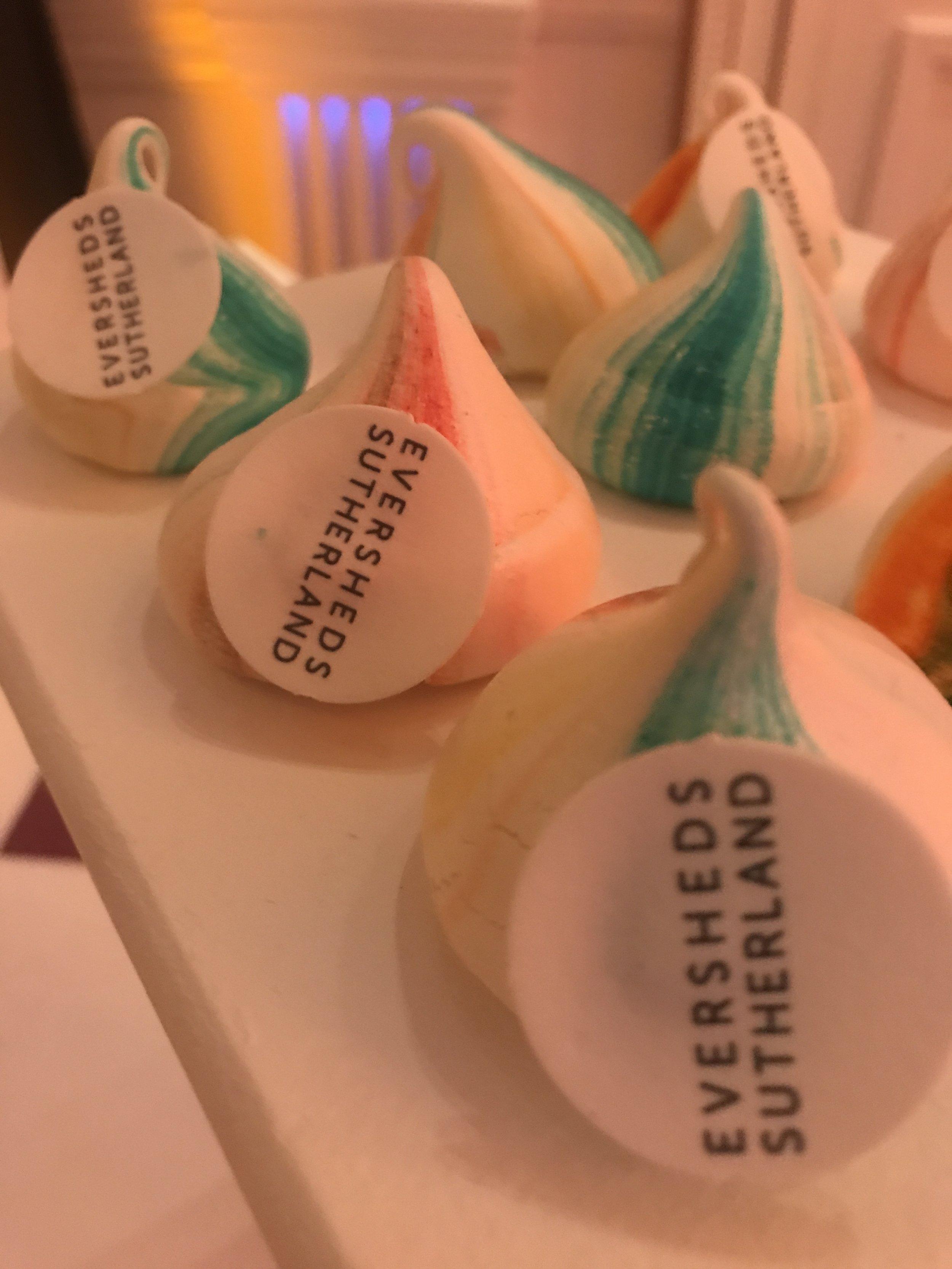 Branded meringues