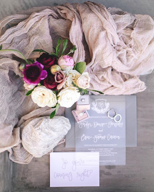 This wedding was nothing but dreamy✨ Love it when brides share their wedding albums with me, especially when it's this good! 📷: @simplysmith__  planning: @ribbonandleaf