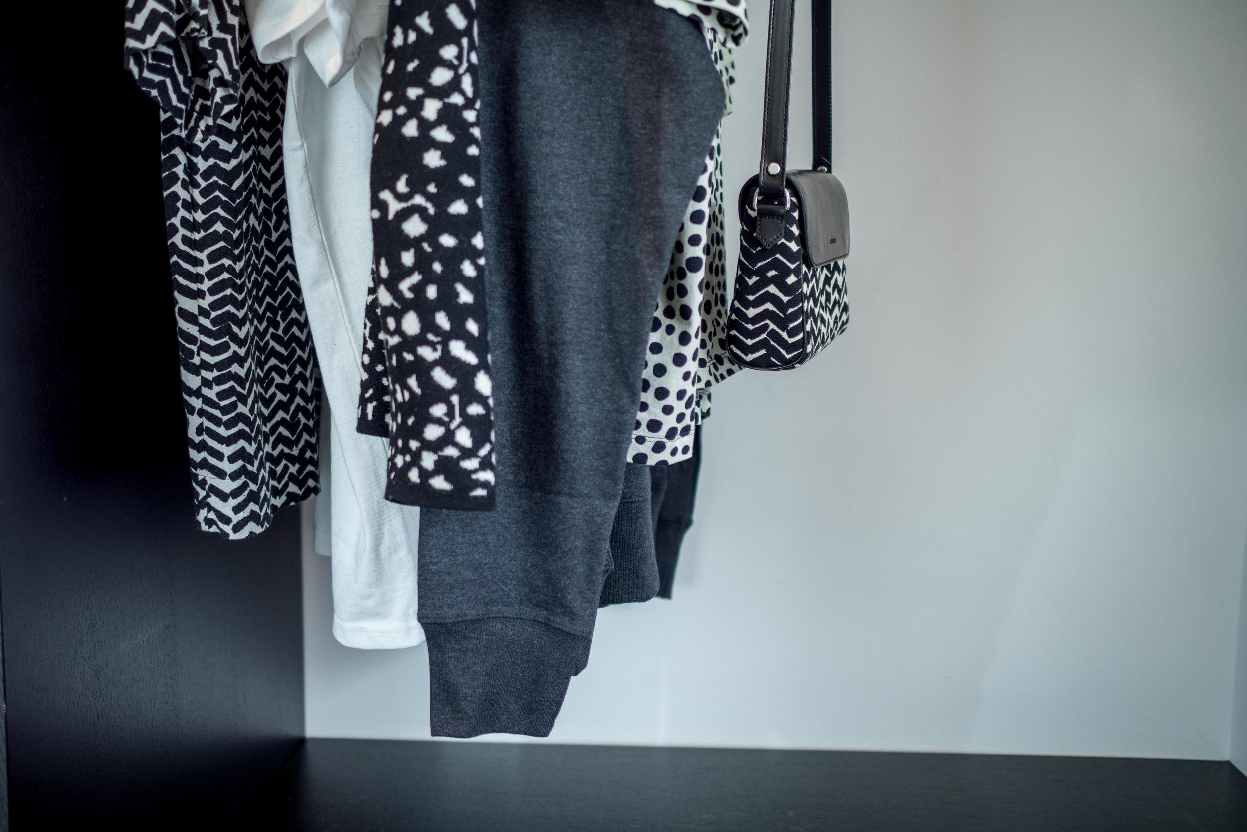 Kivoja mustavalkoisia printtejä Marimekolta. Tykkään etenkin tuosta kalanruodosta <3