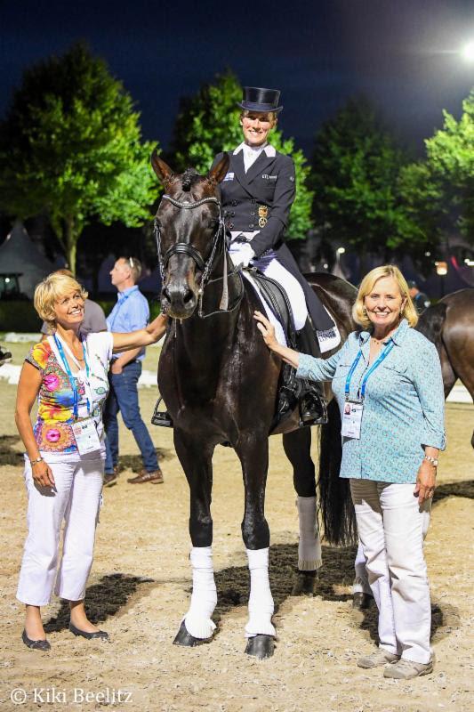 Susanne Meyer, Helen-Langehanenberg and Louise-Leatherdale