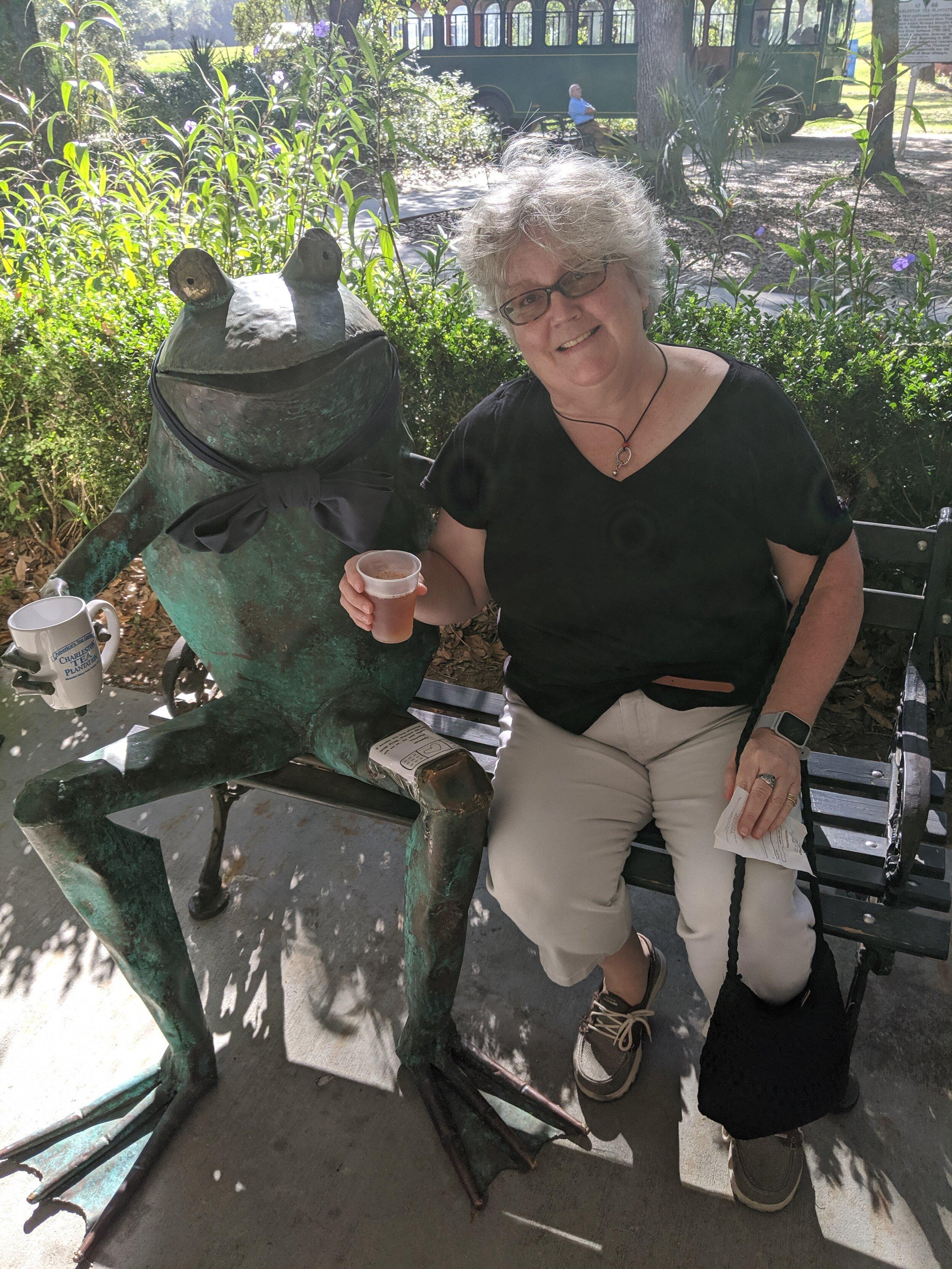 Hey, Mindy found a friend for tea!
