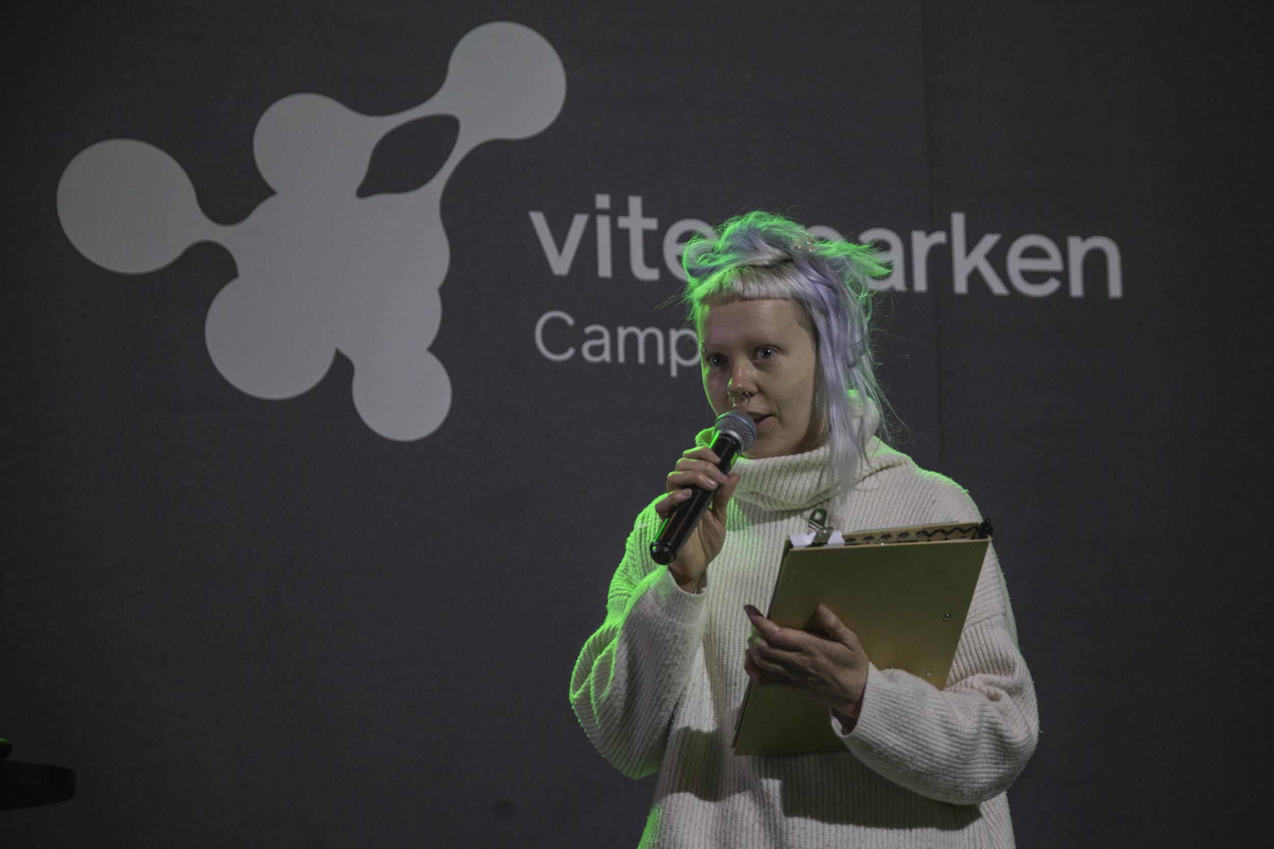 Annike Flo