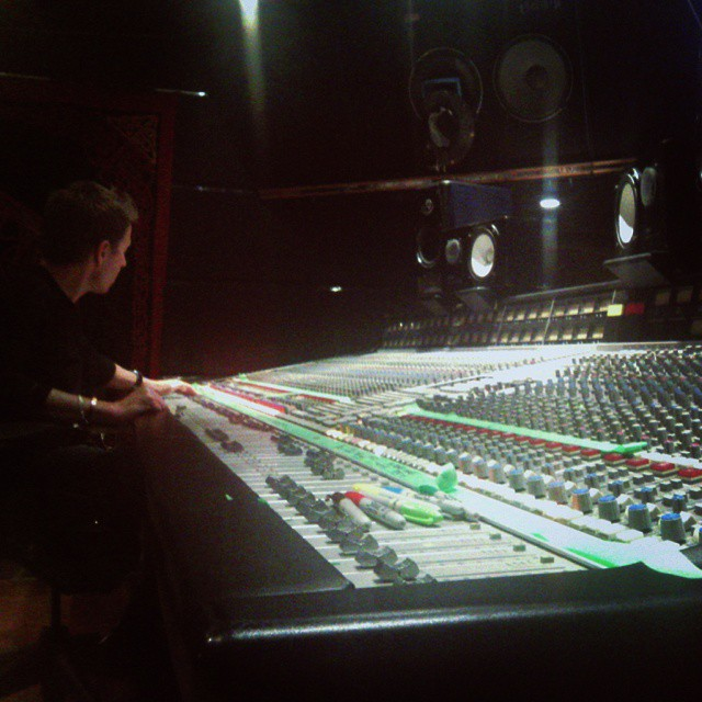 @darrengrahn is in the farm studio's for the 2nd of 3 days mixing @mobmachineband