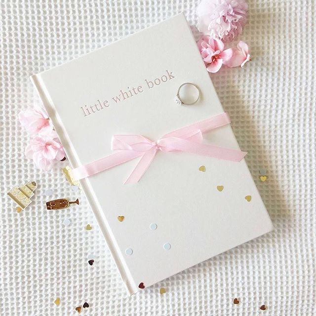 All tickets sold for The Coromandel Wedding Expo go into the draw to WIN 1 of 3 Little White Books (valued at $69 each!) Get tickets today & you could be collecting your prize at the door! #coromandelweddings #Littlewhitebook . Tickets here: https://bit.ly/2QIrR7K