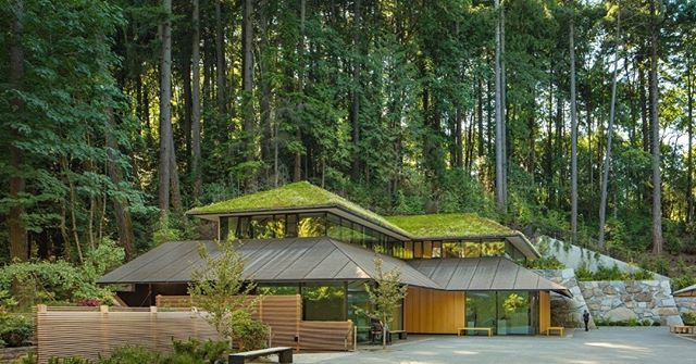Happy #WorldArchitectureDay!  We're celebrating some of our favorite contemporary work, like Kengo Kuma's Cultural Village at the Portland Japanese Garden. We love its connection to nature,  crisp forms, simple materials, & striking details. Beautiful!  #architecrure #kengokuma #portland #japanesegarden #culturalcenter #portlandjapanesegarden #architect #roofgarden #nature