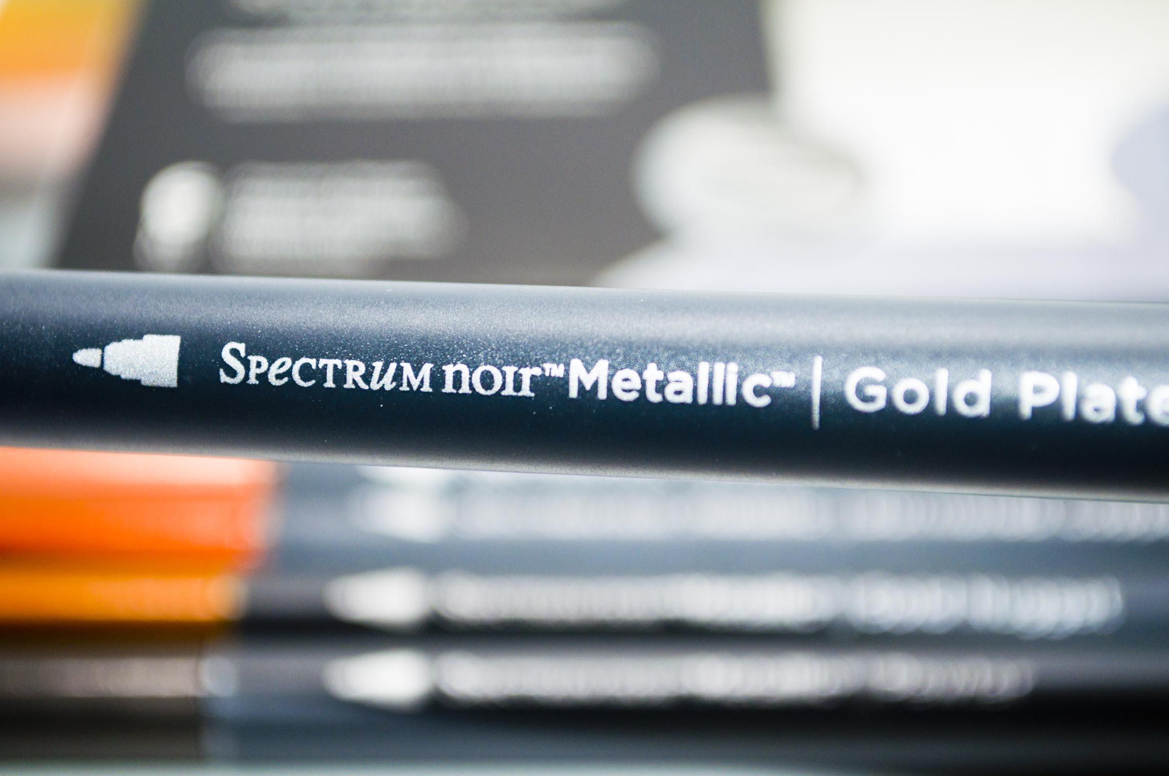 Spectrum Noir Metallic Name on BArrel .jpg