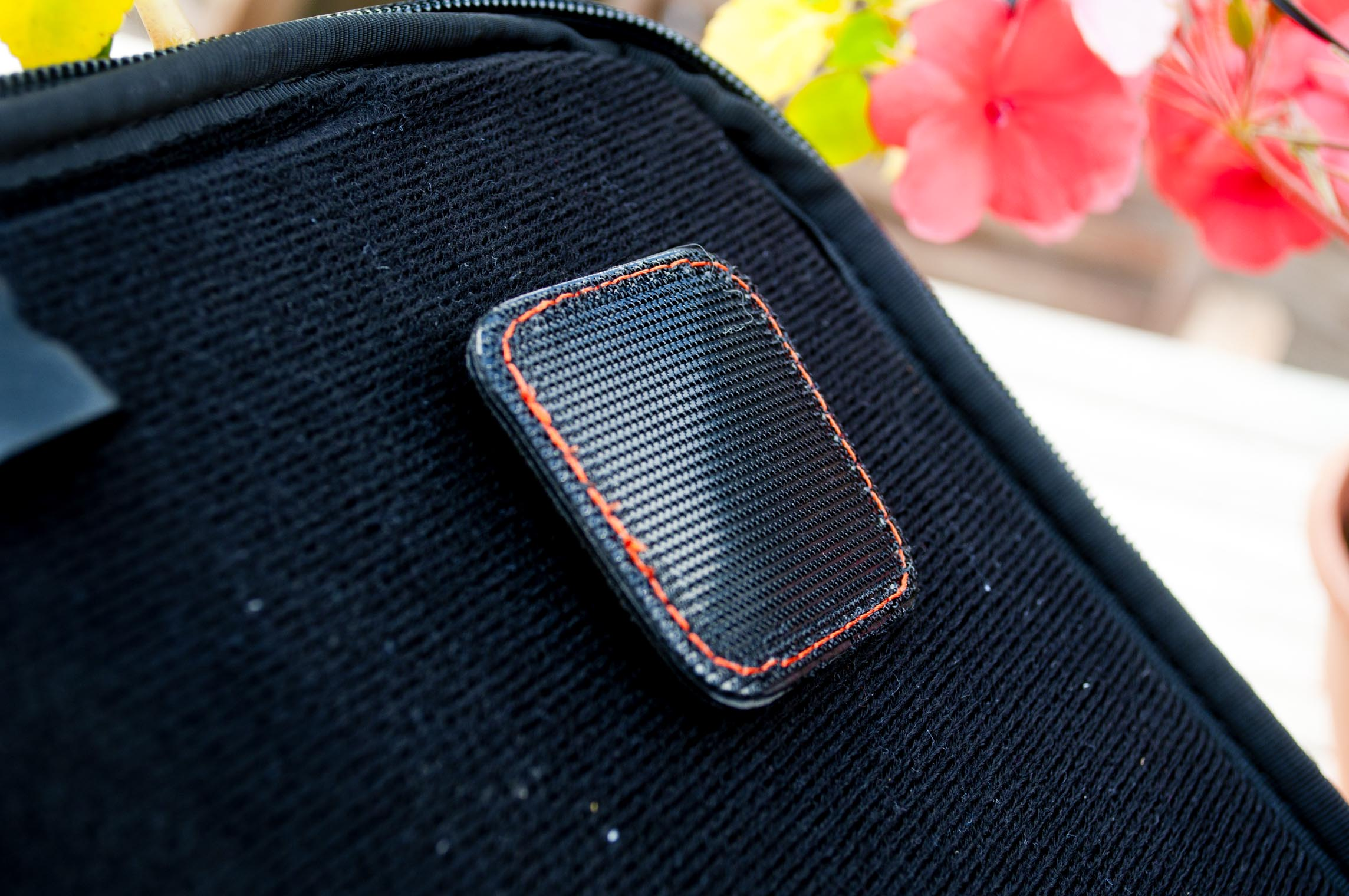 Etchr Velcro Side Corner Clip.jpg