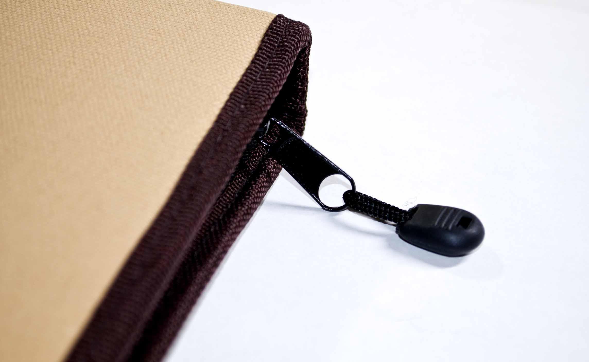 Derwent Folio Zip.jpg