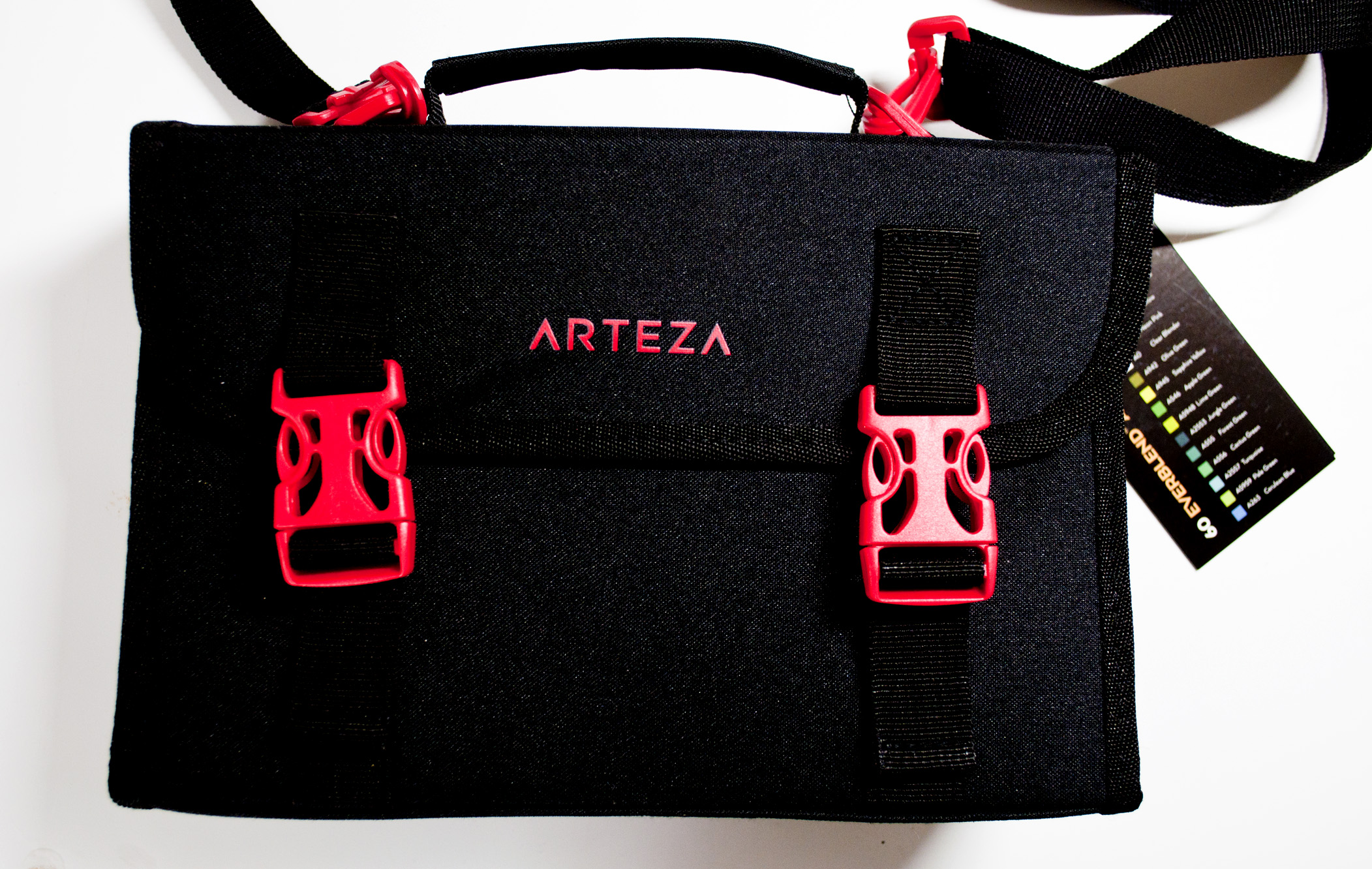 Arteza MArker Bag.jpg