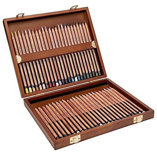 Derwent Lightfast 48 Set Wooden Box.jpg