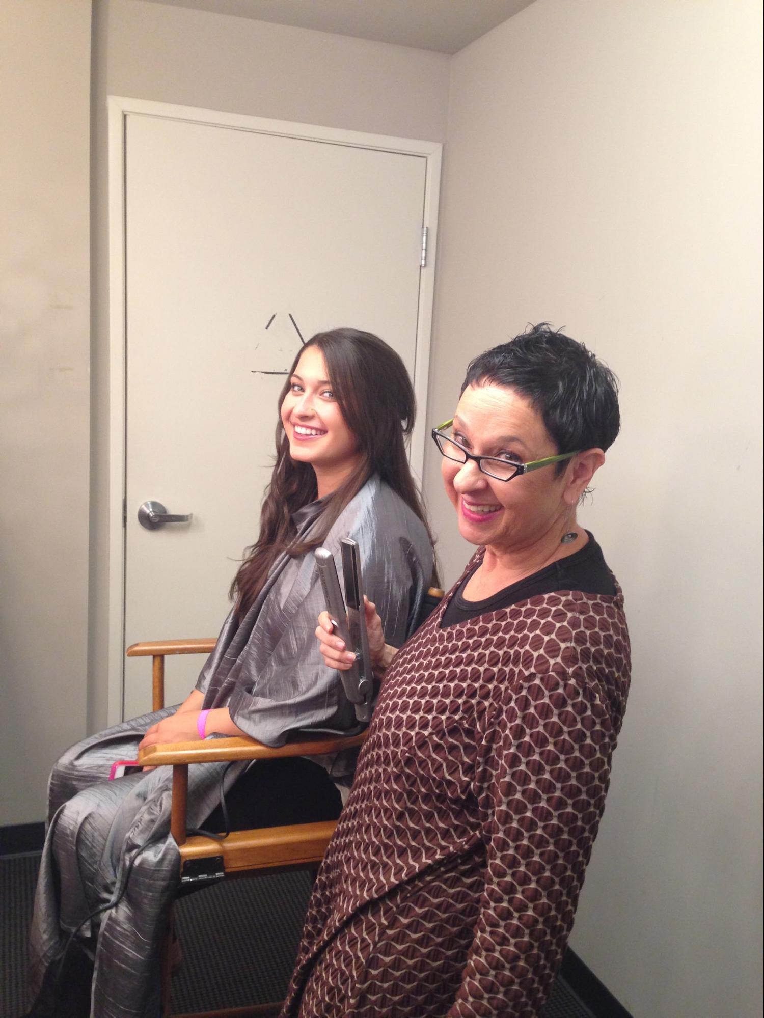 Jenny Zielon perfecting hair & makeup