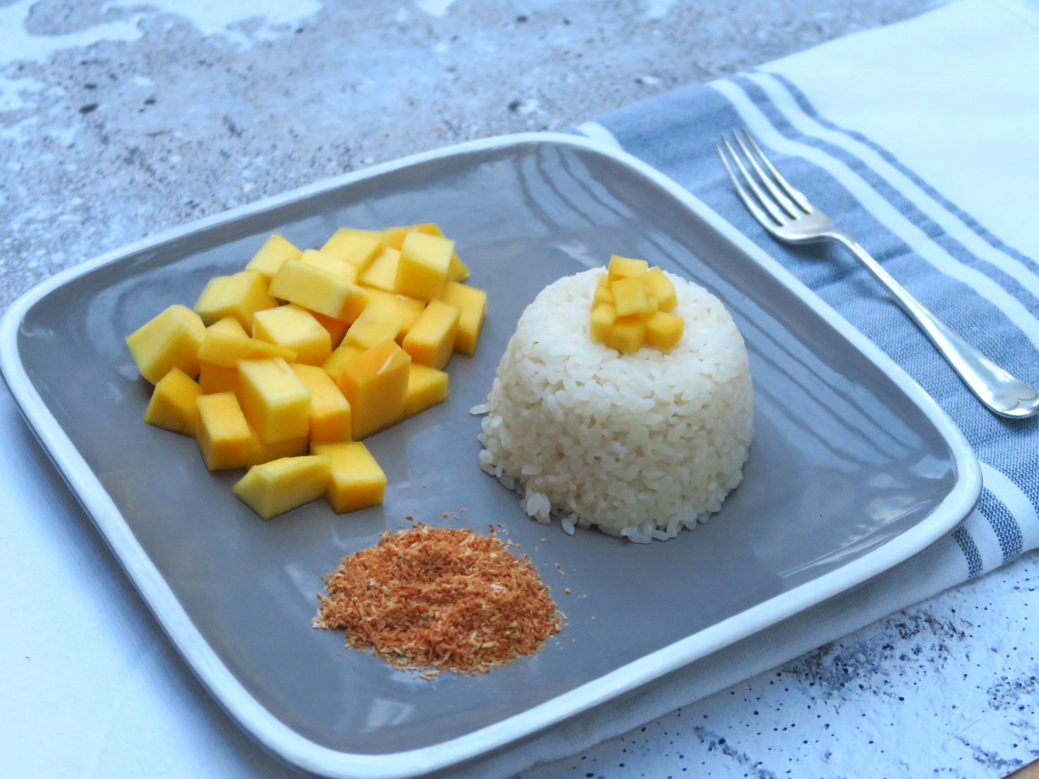 Mango+sticky+rice++%283%29.jpg